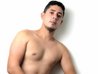 Naked show ass DiegoSUNxl