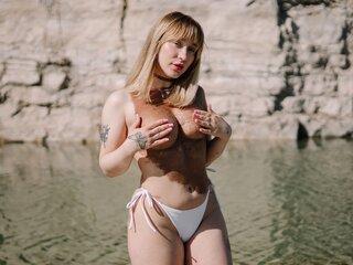 Naked jasmine shows JulieMurphy